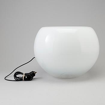 "ELEONORA PEDUZZI, bordslampa, ""Vacuna"", för Artemide, design 1966."