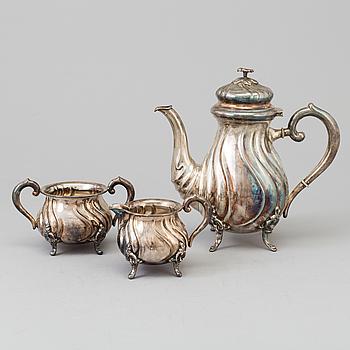 KAFFESERVIS, 3 delar, silver, rokokostil, 1900-tal.