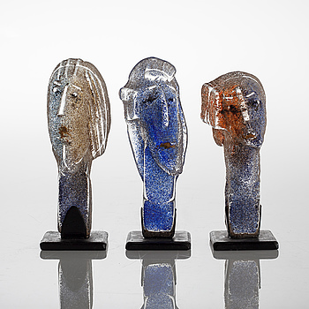 Three glass sculptures by EVA ULLBERG, signed and dated -02.