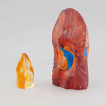 Two signed glass sculptures by Erika Höglund for Målerås.