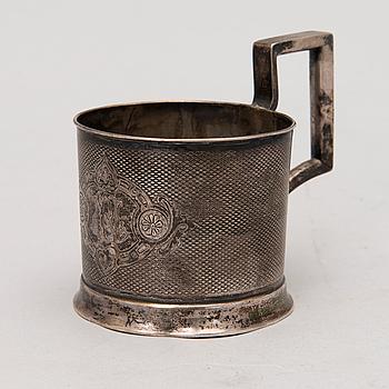 PETER SILVENTOINEN, TEGLASHÅLLARE, silver, S:t Petersburg 1887, kontrollmästare tarkastusmestari Aleksandr Fan-Der-Flit.