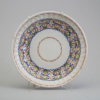 A Spanish faiance dish, 18th century.