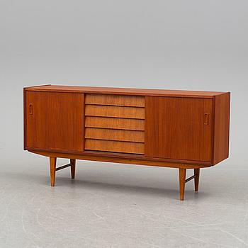 A teak veneered sideboard, 1950's/60's.