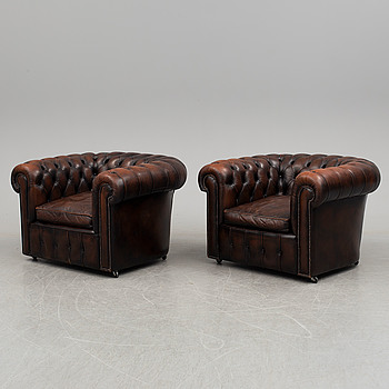 A pair of leather easy chairs, second half of the 20th century.