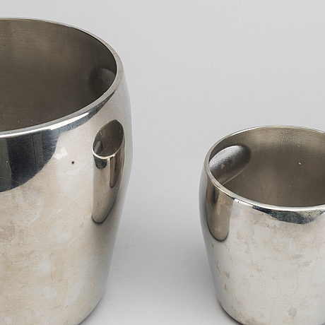 Two alfra/alessi ice buckets.