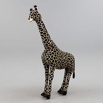 a 20th century giraffe.