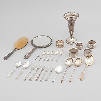 PARTI SILVER, ca 23 delar, bestick, vas, spegel mm, från Norge och Danmark, sent 1800-tal och 1900 tal.