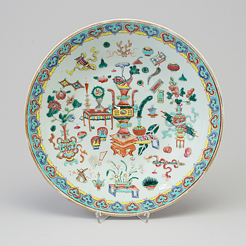 A chinese dish, early 20th Century.