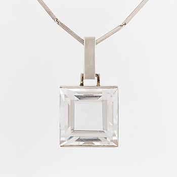 GUSTAF DAHLGREN & CO, Hänge med kedja, silver och bergkristall.