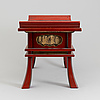 A chinese lacquered wooden stool, 20th century.