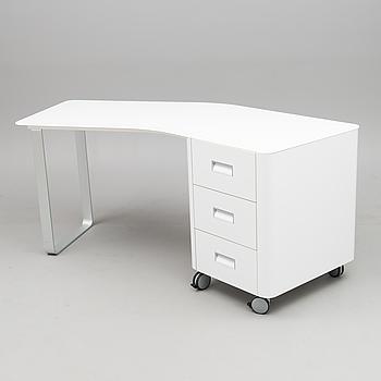 "PAGNON & PELHAÎTRE, skrivbord ""Travel Studio Desk"", Ligne Roset, Frankrike 2000-tal."