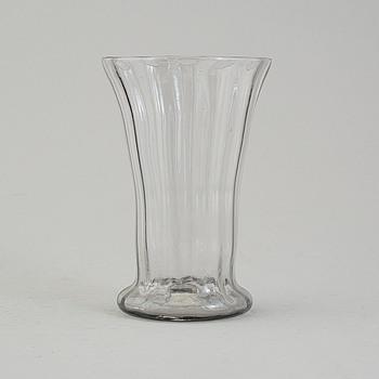 BÄGARE och FLASKA, glas, möjligen 1700-tal.