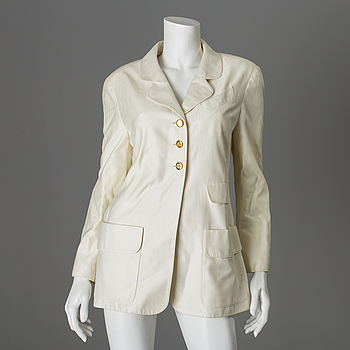 CHANEL, CHANEL, a white cotton jacket, French size 40.