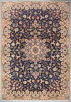 A Najafabad/Isfahan rug, 430 x 300 cm.