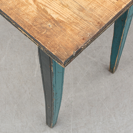 A 19th century table with a drawer