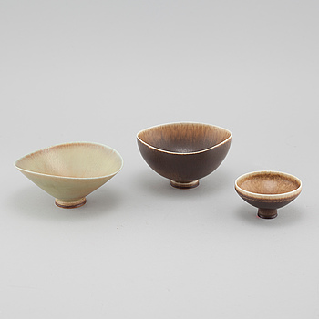 Three bowls in stoneware, designed by Berndt Friberg for Gustavsberg Studio, 1964 and 1965.