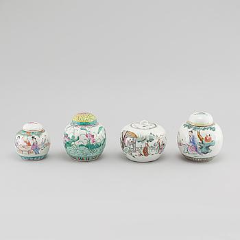 BOJANER, 4 st, porslin, Kina, 1900-tal.