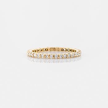 RING, med briljantslipade diamanter totalt ca 0.50 ct.