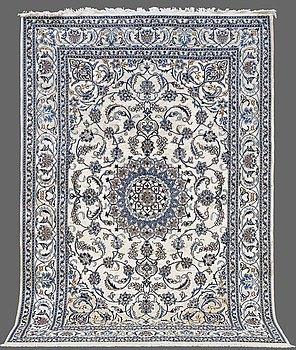 MATTA, Nain part silk, ca 290 x 200 cm.