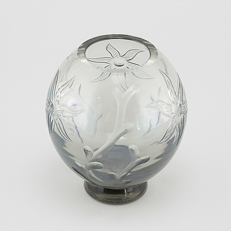 A Glass Vase Designed By Simon Gate For Orrefors 192030s Bukowskis