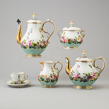 A first half of the 20th century 10 pcs Central European porcelin service.