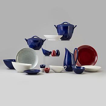 55 pcs of 'Blå Eld' porcelain service by Hertha Bengtsson fr Gustavsberg, second half of the 20th century.