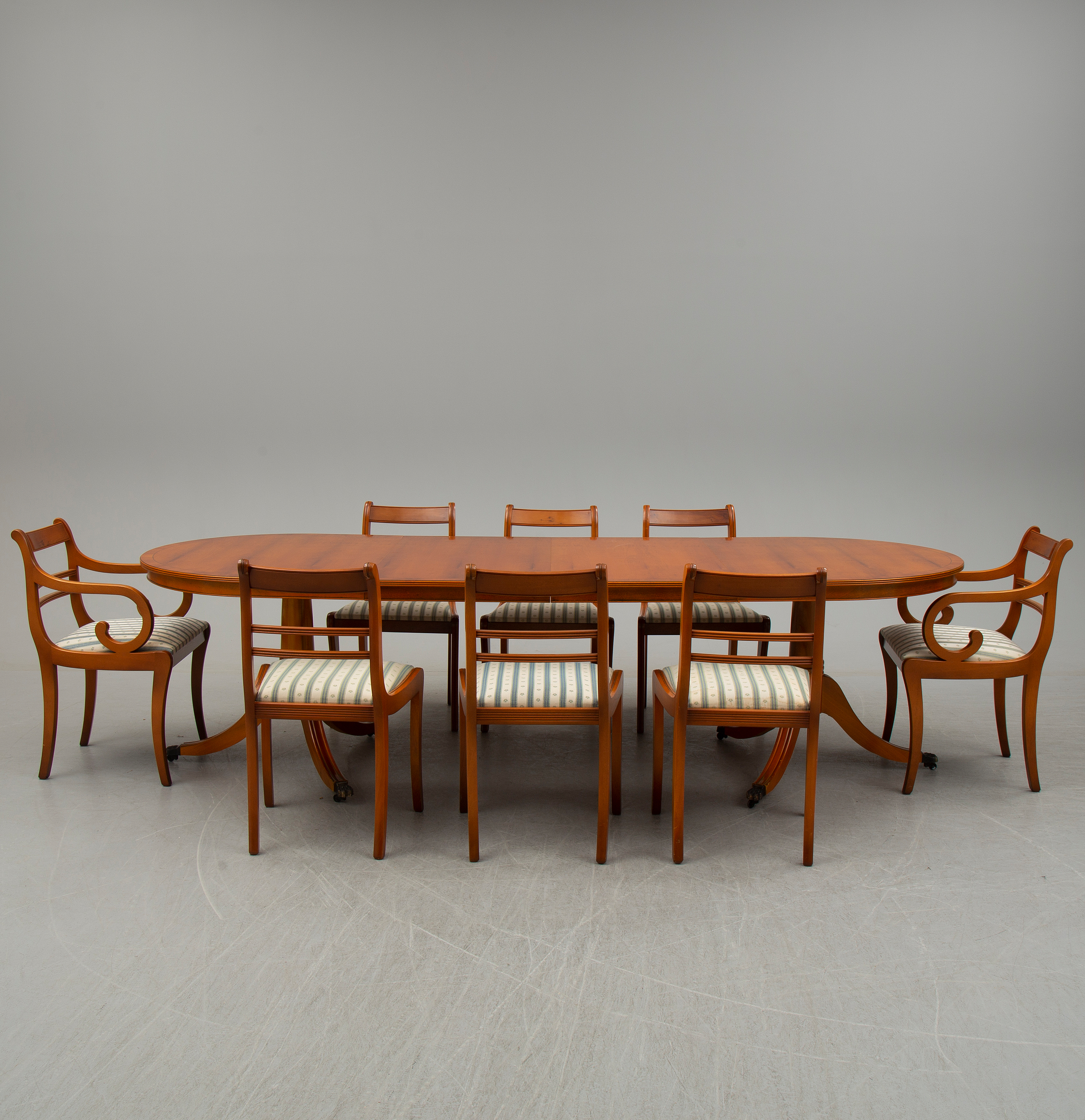 Super A Late 20Th Century Dining Table With Eight Chairs Bukowskis Download Free Architecture Designs Ogrambritishbridgeorg