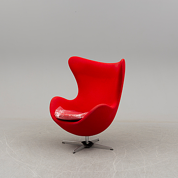 "A lounge chair by Arne Jacobsen for Fritz Hansen, model ""Ägget"", second half of the 20th century."