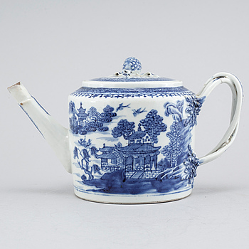 TEKANNA, porslin, Kina, Qianlong (1736-1795).