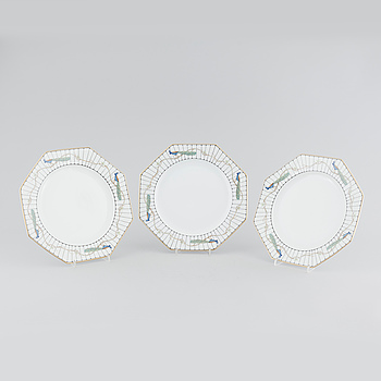 18 porcelain dinner plates from Rosenthal, second half of the 20th century.