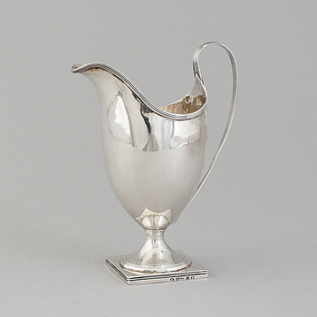 GRÄDDKANNA, silver, möjligen Abraham Taylor, London, 1795.