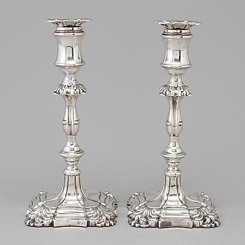 HENRY WILKINSON, ljusstakar, ett par, silver, London, Englnad, 1895.
