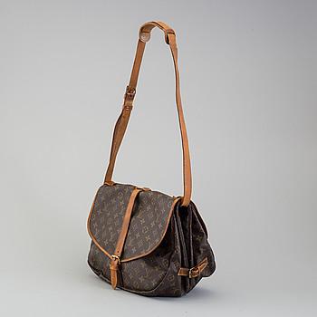 """LOUIS VUITTON, väska, """"Saumur 35""""."""