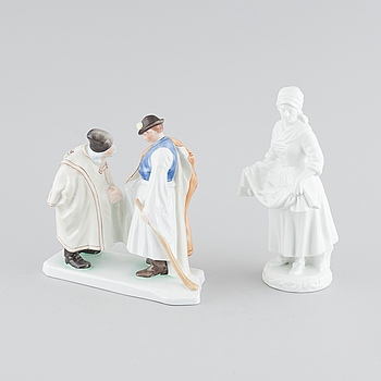 Two porcelain figurines from Herend, 20th century.