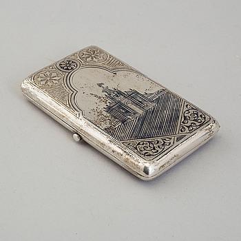 CIGARETTETUI, silver, Ryssland, 1896-1908.