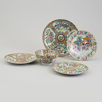 SKÅLFAT, 2 stycken, SKÅL samt TALLRIKAR, 2 stycken, porslin, Kina, 1800-talets andra hälft..