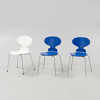 "Three""Ant"" chairs, designed by Anre Jacobsen for Fritz Hansen, 1970 and 1983."