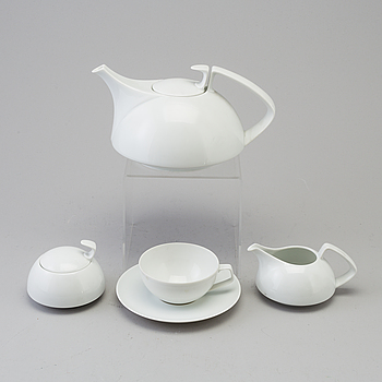 WALTER GROPIUS, A second half of the 20th century porcelin 'Tack 1' tea service designed by Walter Gropius, Rosenthal.