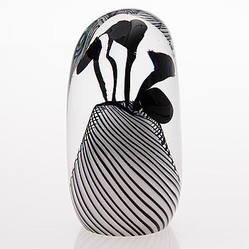 A GLASS SCULPTURE, signed 2009 Ritva-Liisa Pohjalainen Keidas 2.