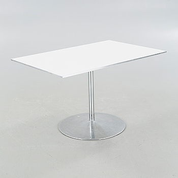 A table, designed by Piet Hein & Bruno Mathsson, by Fritz Hansen 1985.