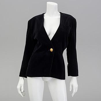 YVES SAINT LAURENT, a velvet jacket, French size 40.