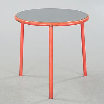 "PELIKAN DESIGN (NIELS GAMMELGAARD & LARS MATHIESEN), trädgårdsbord, ""Café"", Fritz Hansen, 1991."