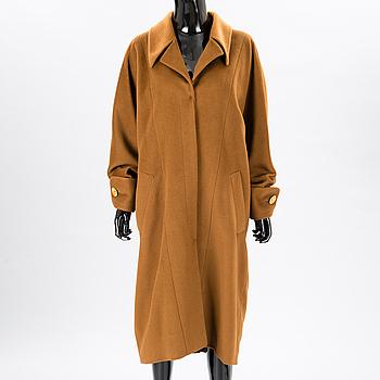 A Camel Long Coat, size 42(FR).