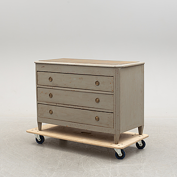 A first half of the 19th century painted chest of drawers.