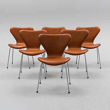 ARNE JACOBSEN, a set of six 'Sjuan' chairs, for Fritz Hansen.