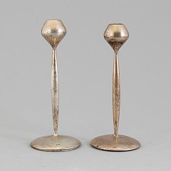 LJUSSTAKAR, ett par, silver, Spanien, 1900-talets mitt.