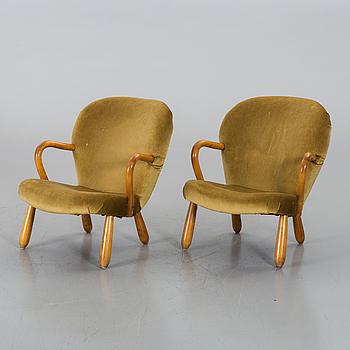 """PHILIP ARCTANDER, tillskrivna, fåtöljer, ett par, """"Clam Chair""""/""""Muslinge"""", 1940/50-tal."""