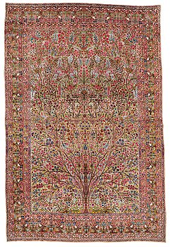 295. A CARPET, a semi-antique Kerman, ca 479 x 317 cm.