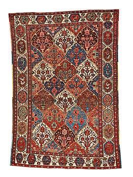 283. MATTA, old Bachtiari, ca 213,5 x 142-147,5 cm.