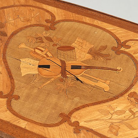 A louis xv 18th century table à ecrire.
